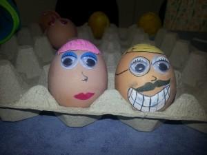 huevos customizados de pascua Brain Academy 2