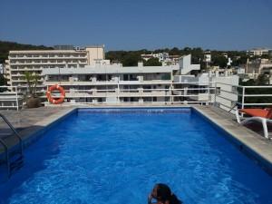 piscina Hotel Horizonte